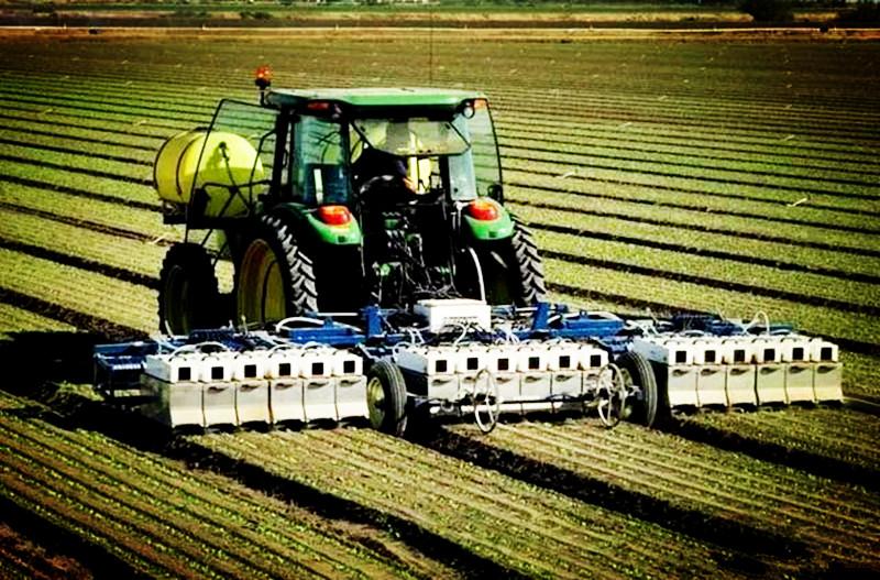 惊讶!再过5年到2021年,种地这件事或将被农业机器人全面取代!