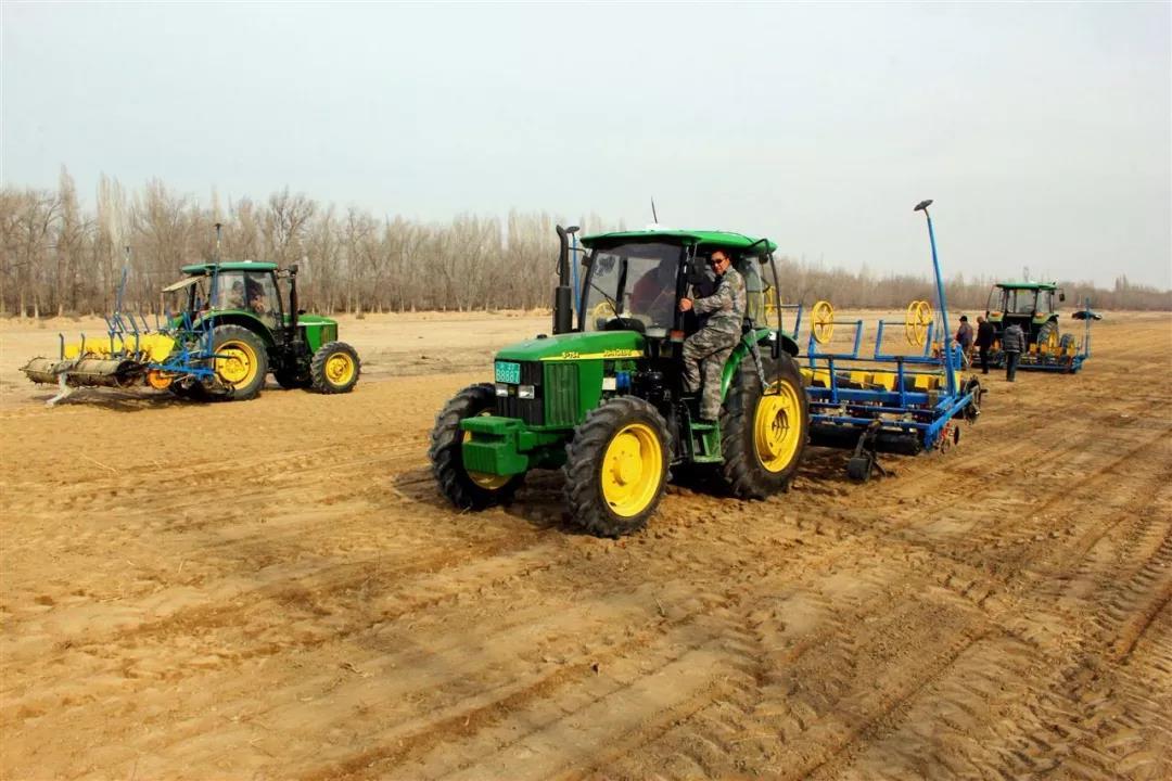 三农日报 我国高端农机供求严重失衡;垂直农场3年内能回本;