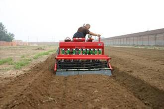 小麦播种机的使用十点须注意