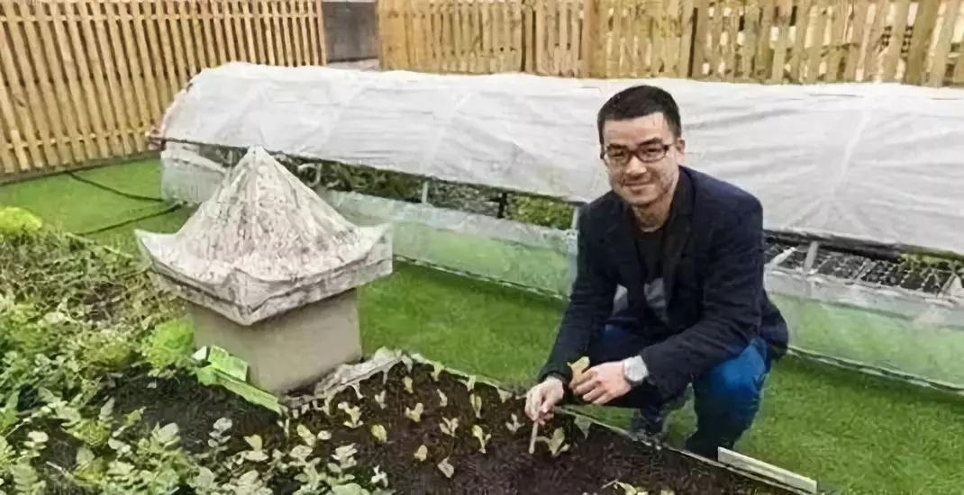 案例|90后山东农民1.2万起步创业,如今靠直播种菜年入70万