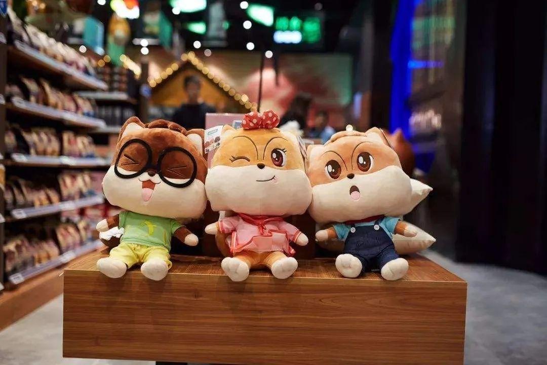 【商业案例】三只松鼠:很拼,却赚不到钱