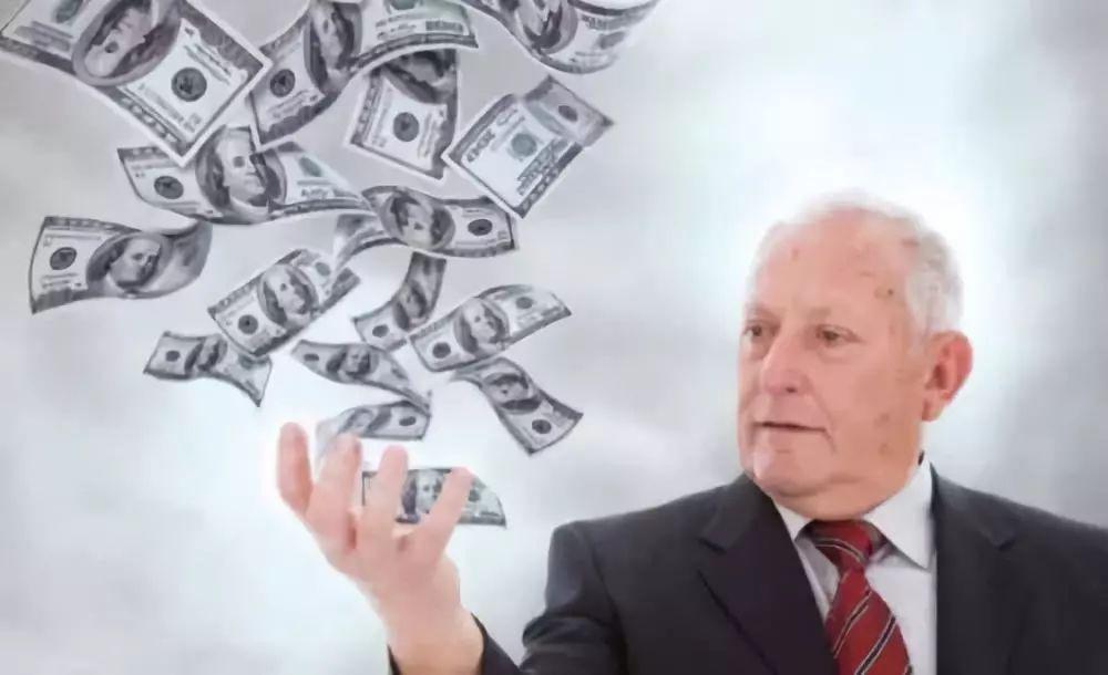 """研究过177位百万富翁后,他得出13条""""富有的习惯"""""""