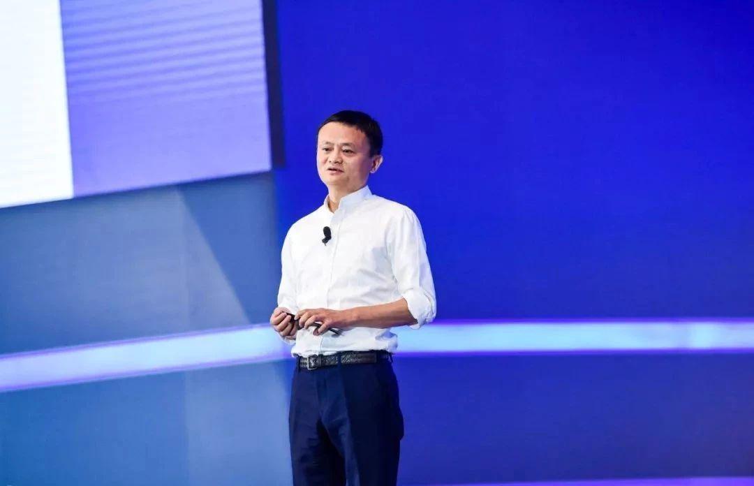 马云开年演讲:完善自己,是每个企业唯一正确的道路|企业经管