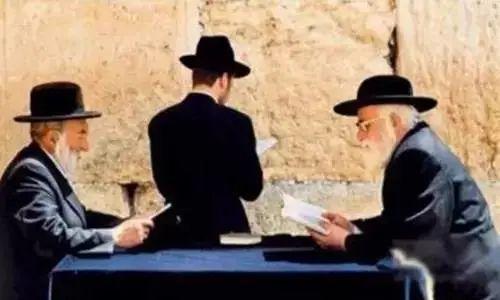 【老板思维】犹太人12个赚钱法则:薄利多销是愚蠢的做法