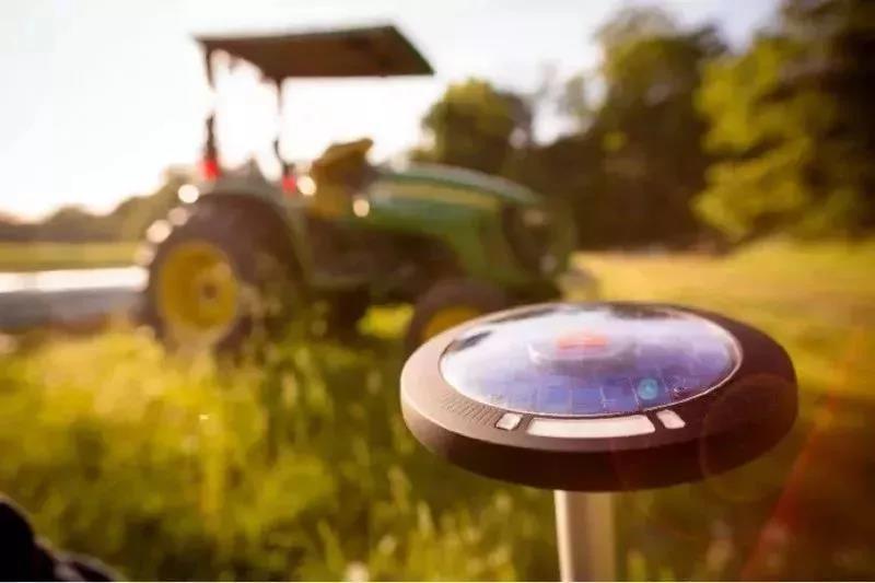 不是危言耸听!农业迎来机器人时代,农民失业潮真的来了