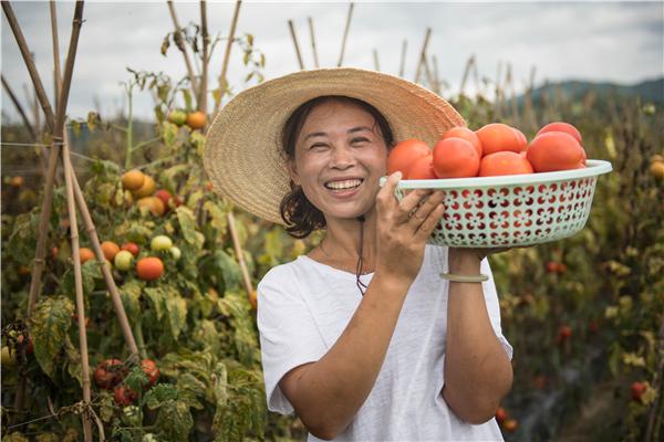 国家发改委:鼓励社会资本投资返乡创业企业